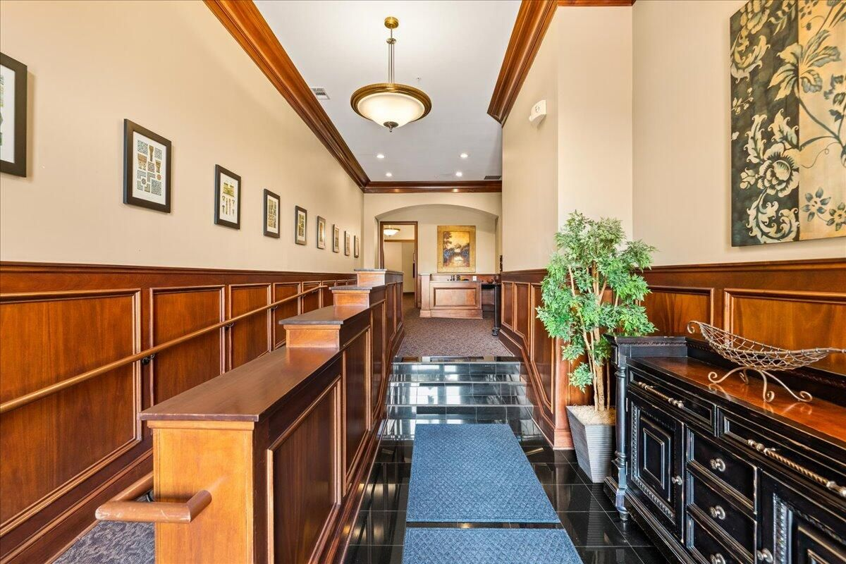 33-445-W-Blount-Ave-Knoxville-TN-Unit-21