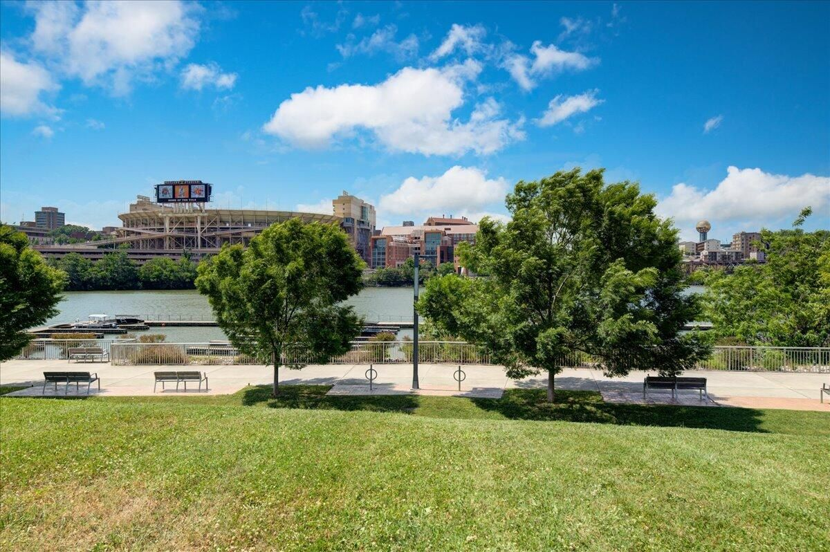 41-445-W-Blount-Ave-Knoxville-TN-Unit-21