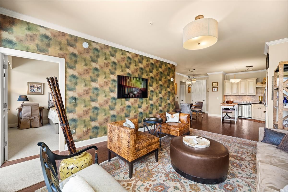 445-W-Blount-Ave-Knoxville-TN-Unit-215-1
