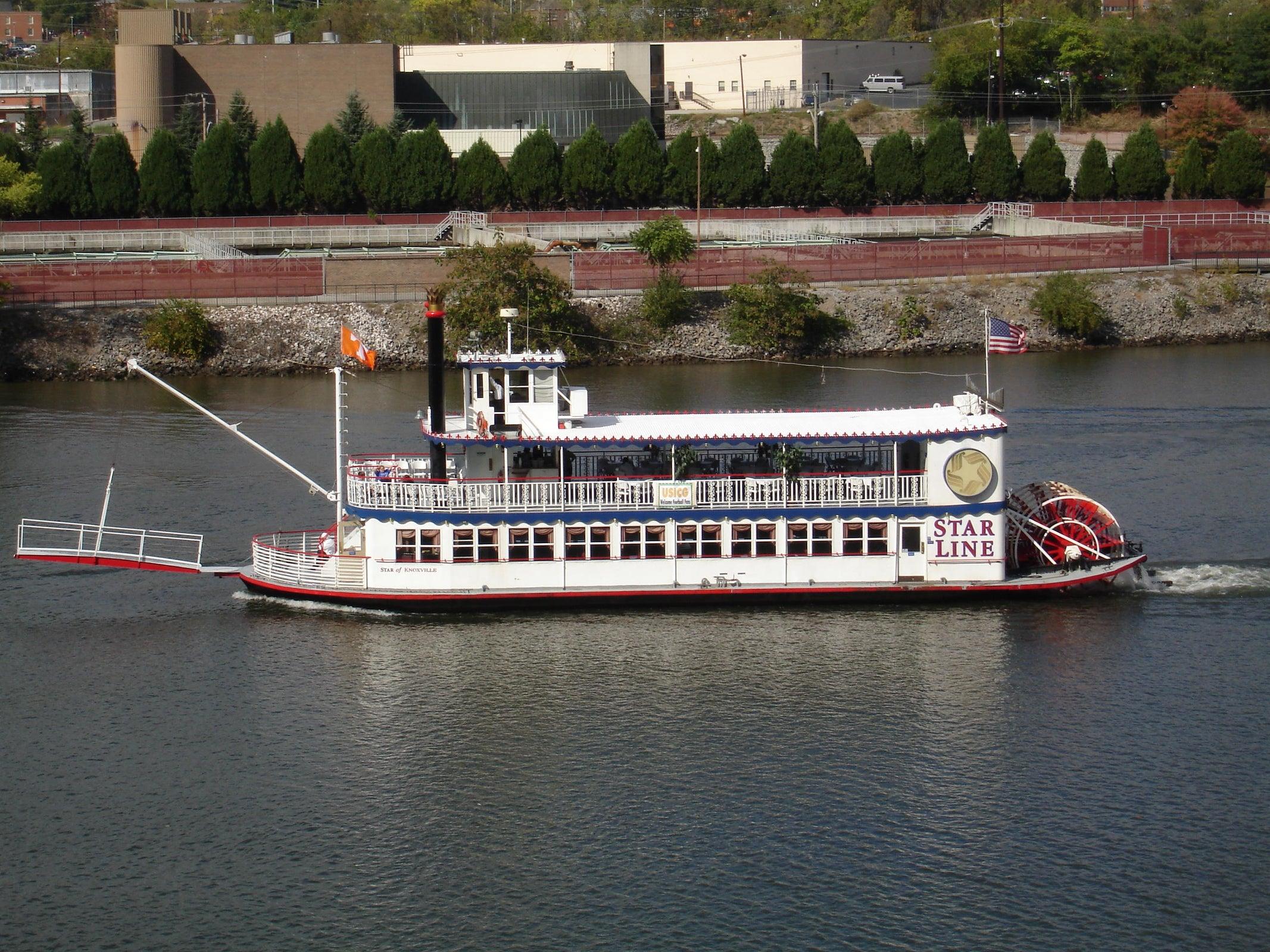 Star Line Boat
