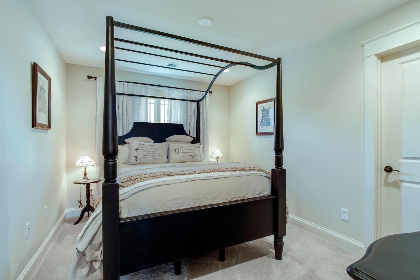 28_BuckhornWay_497_Bedroom2