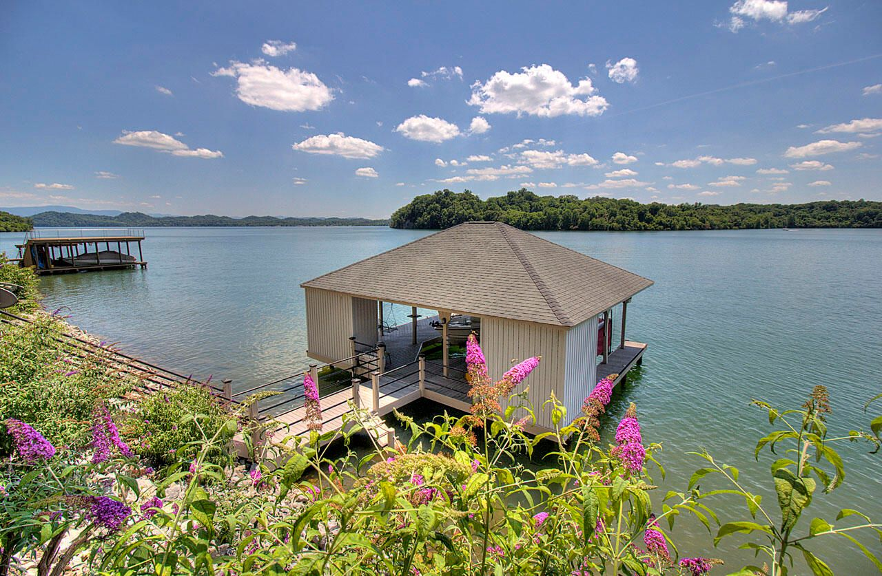 Boat House with Water & Electric