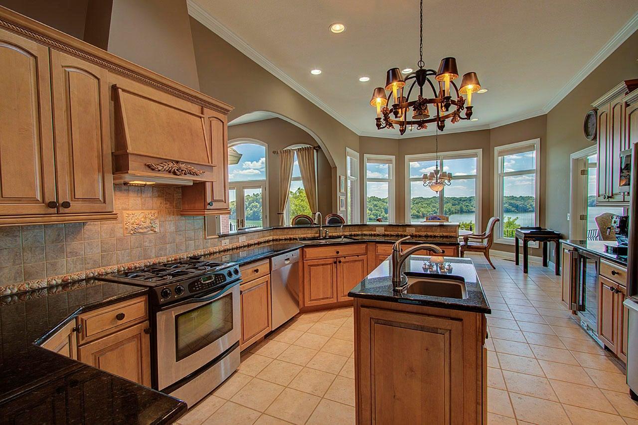Chefs Kitchen With Views!