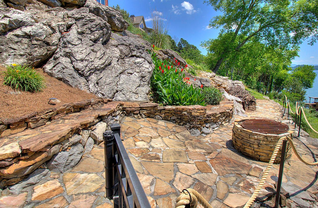 Natural Stone Seating & Firepit