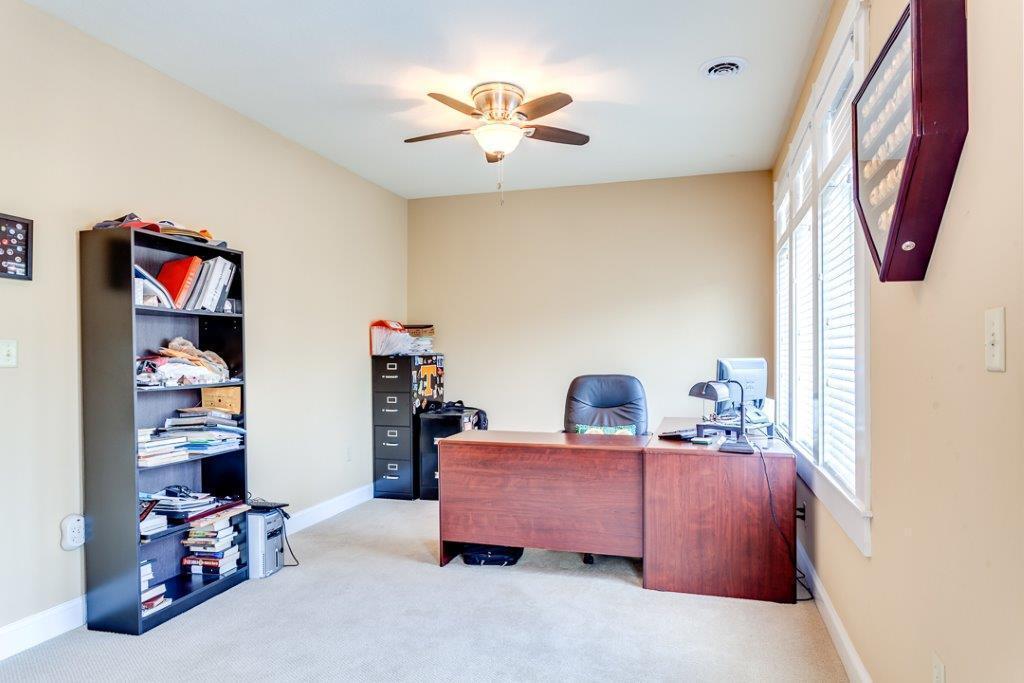 Office/hobby room