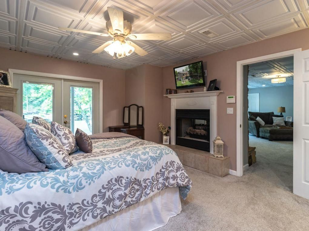 2nd Master Suite w/ Fireplace