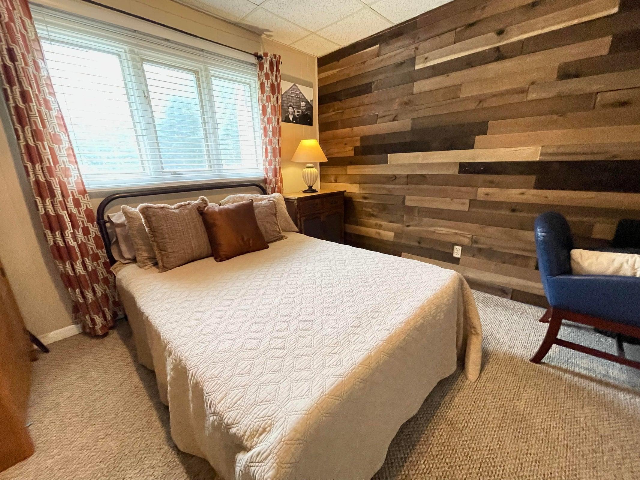 Office or Flex Room