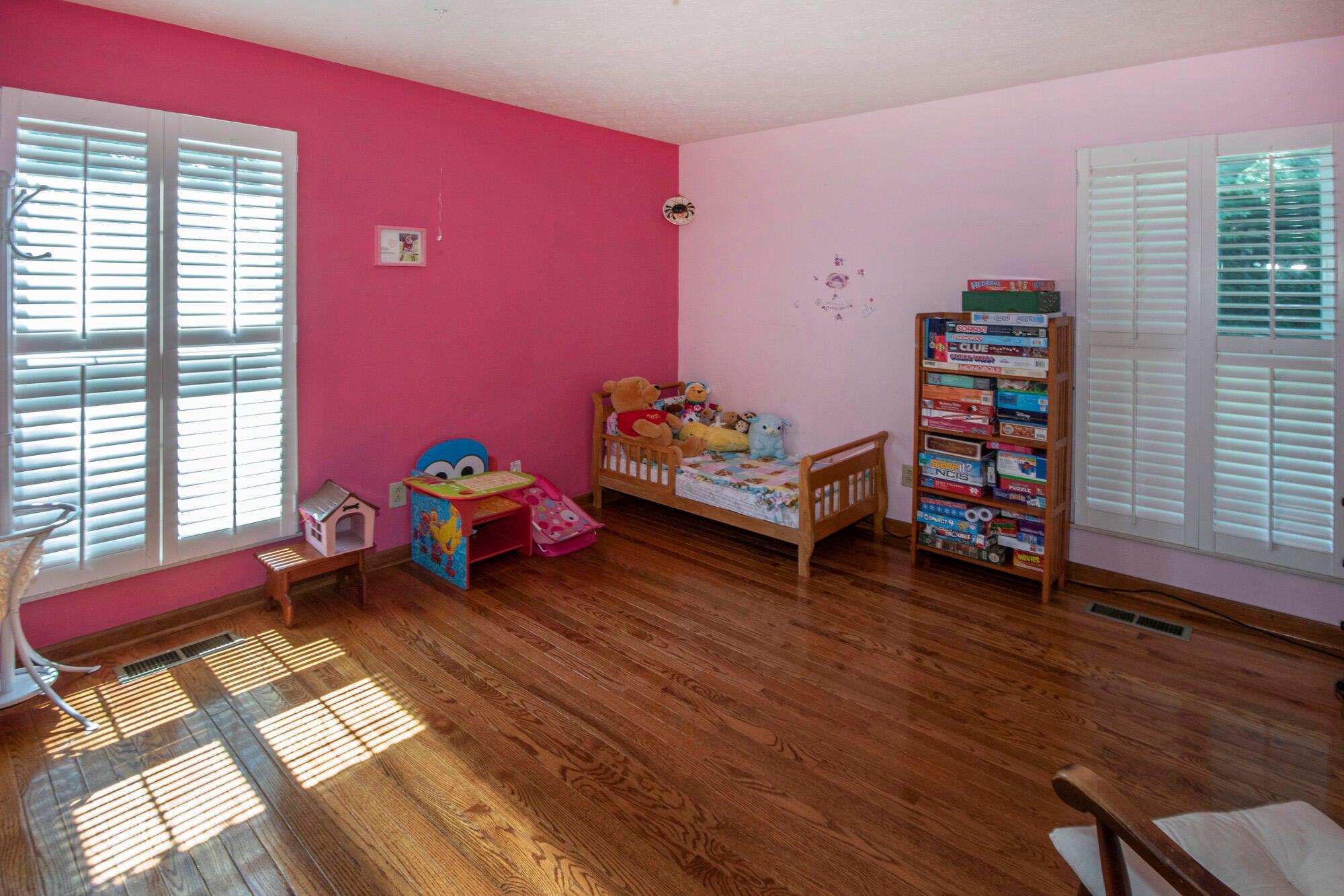 Bedroom 2-Main