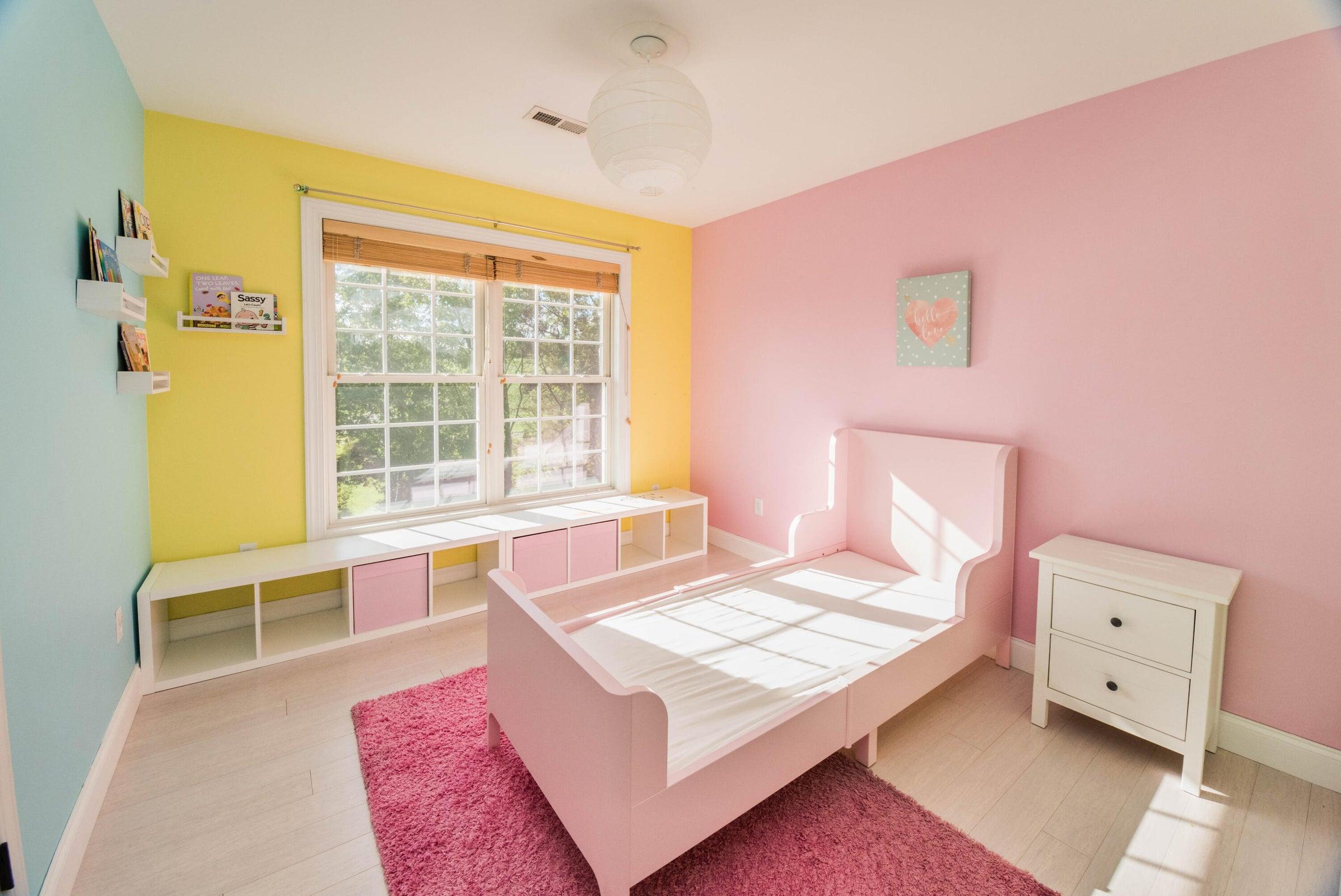 20-bedroom2