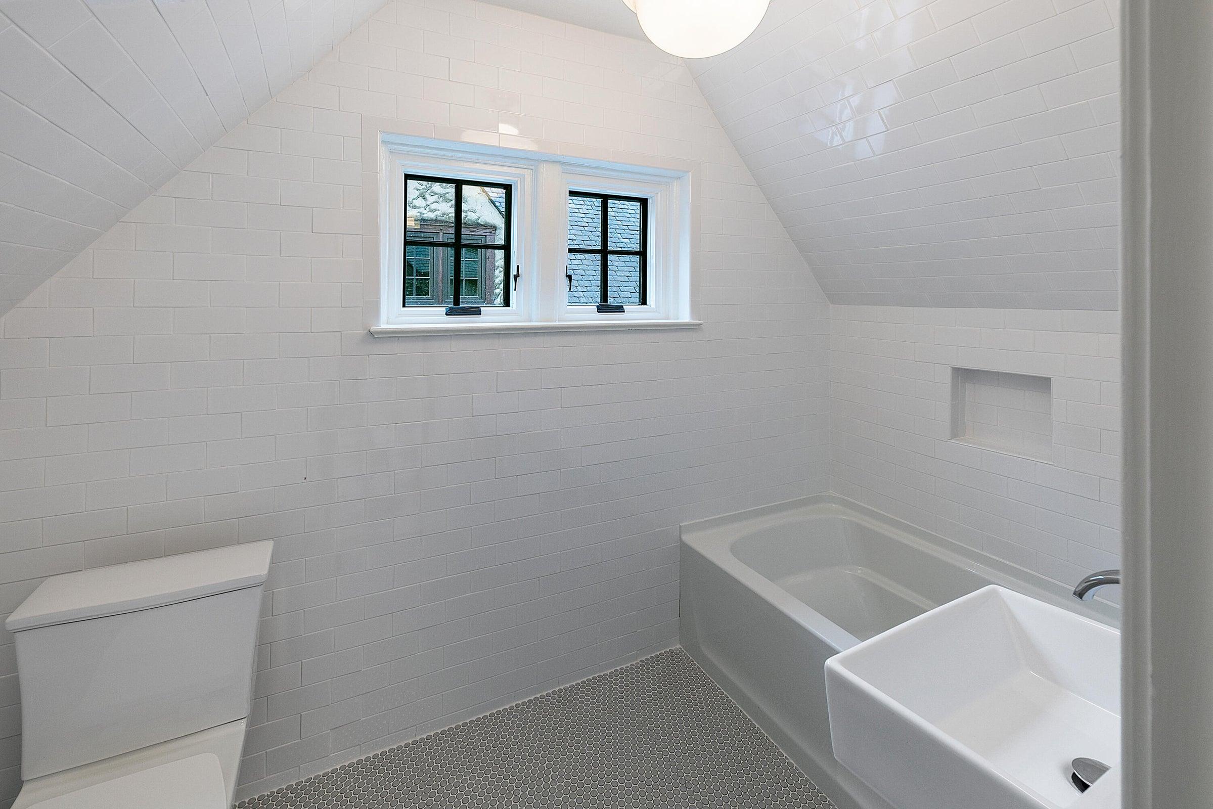guest qtrs bath