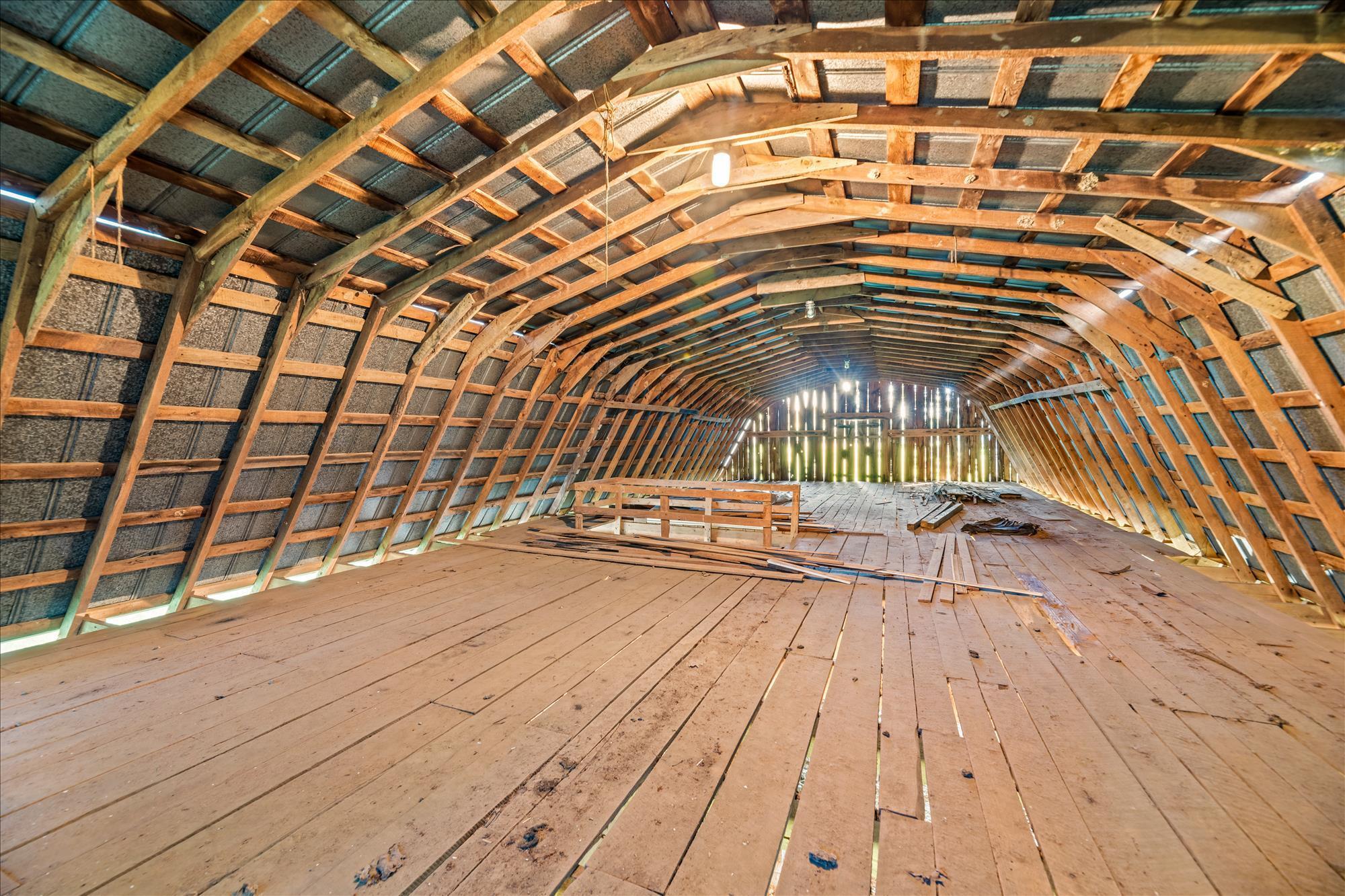 Barn-upper level
