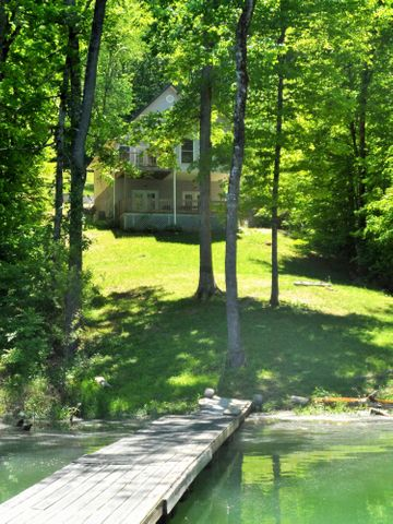546 Lake Lane, New Tazewell, TN 37825