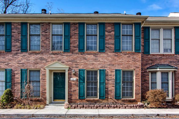 132 Durwood Rd, Unit B, Knoxville, TN 37922