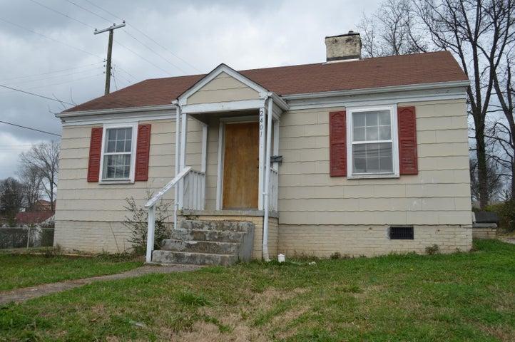 2401 NE Coker Ave, Knoxville, TN 37917