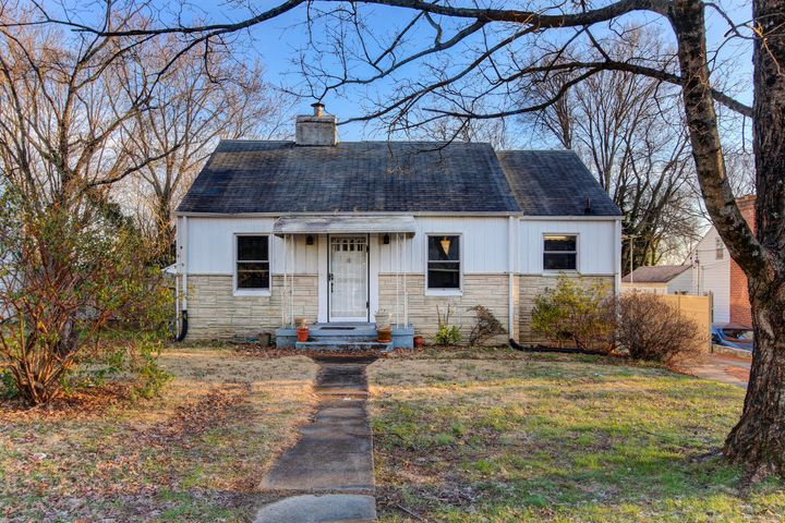 2418 Buffat Mill Rd, Knoxville, TN 37917
