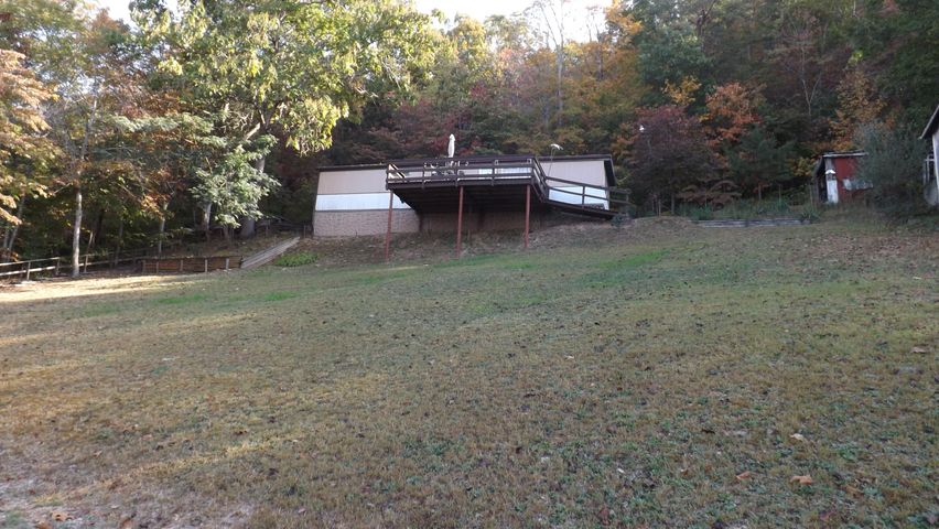 209 White Circle, Speedwell, TN 37870