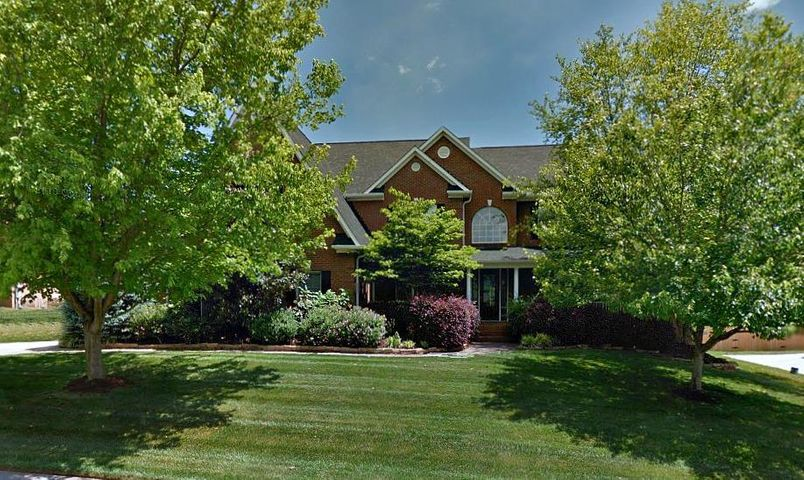 558 Windham Hill Rd, Knoxville, TN 37934