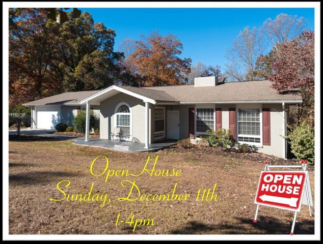933 Carrington Rd, Knoxville, TN 37909