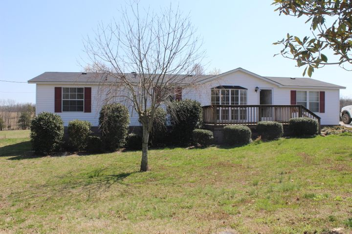 691 Shelton Grove Rd, Sweetwater, TN 37874