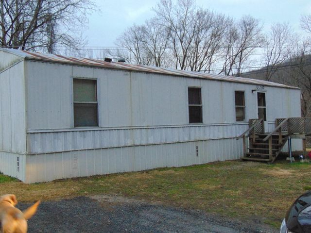 2050 Hwy. 3085, Pineville, KY 40977