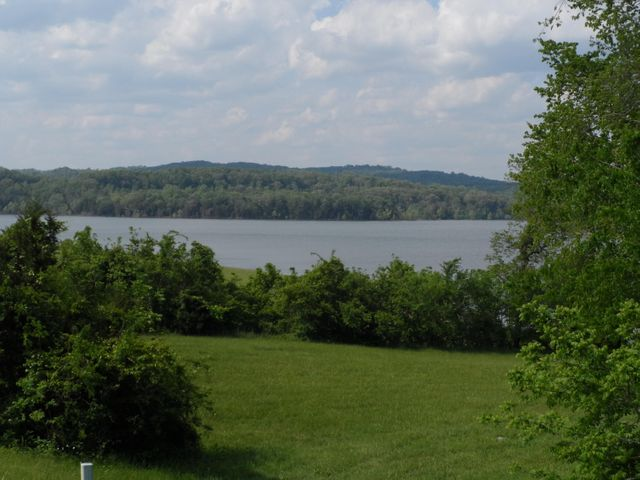 Beautiful Lake and Mountain Views from this lot!