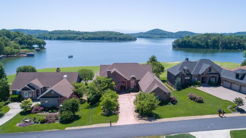 Lake Front/Golf Front/Mtn Views EVERYWHERE!