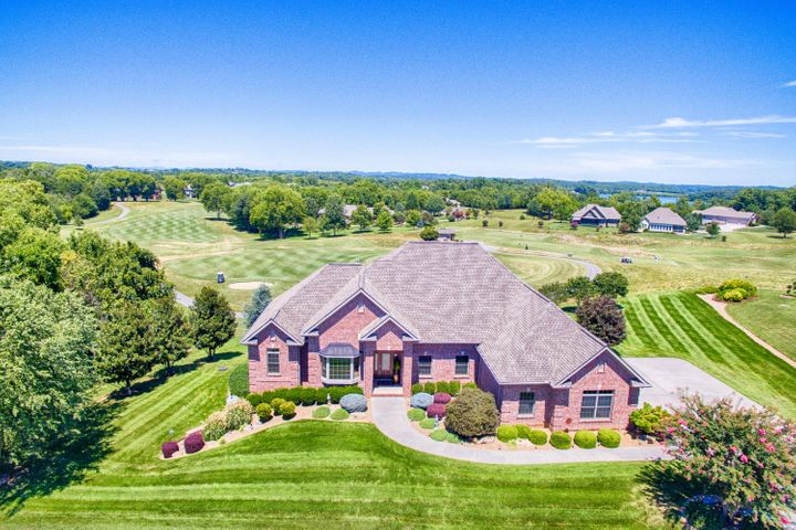 Custom Built Home. Kahite (neighborhood of Tellico Village), A Private Peninsula, Golf & Lake Community.