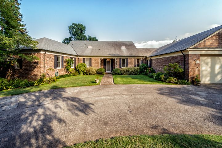 5609 Lyons View Pike