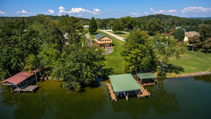 330 Lake Forest Lane, Spring City, TN 37381