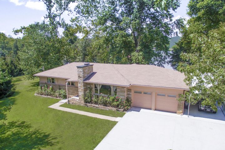 8007 River Drive, Oak Ridge, TN 37830