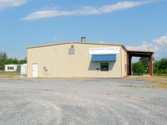 701 Englewood Rd, Madisonville, TN 37354