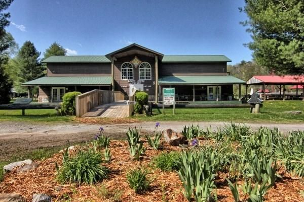 12528 New Hwy 68, Tellico Plains, TN 37385