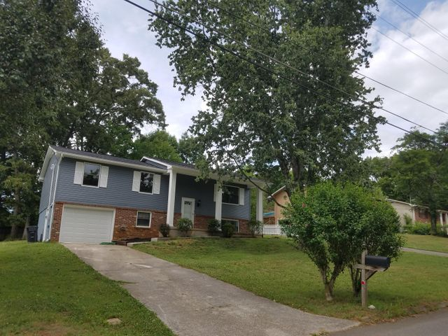 7617 Hawthorne Drive, Knoxville, TN 37919