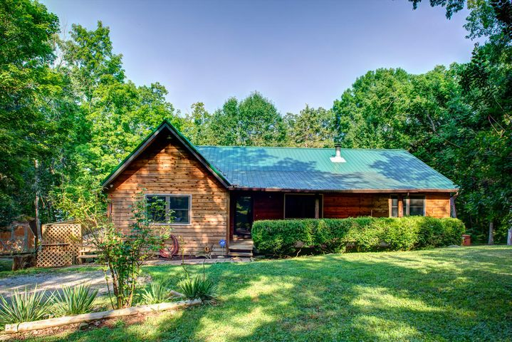 658 Cape Norris Rd, New Tazewell, TN 37825