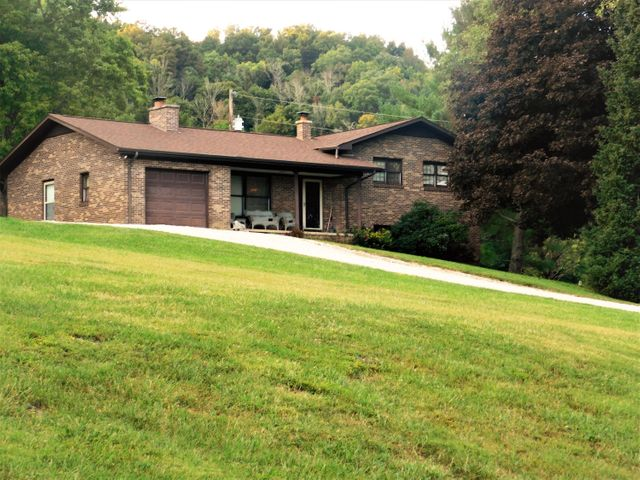 516 Cumberland Estates Rd, Cumberland Gap, TN 37724