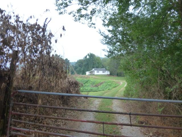 275 Redwood Drive, Harriman, TN 37748