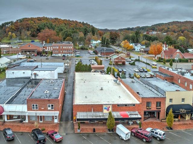 118 W Main St, Mountain City, TN 37683
