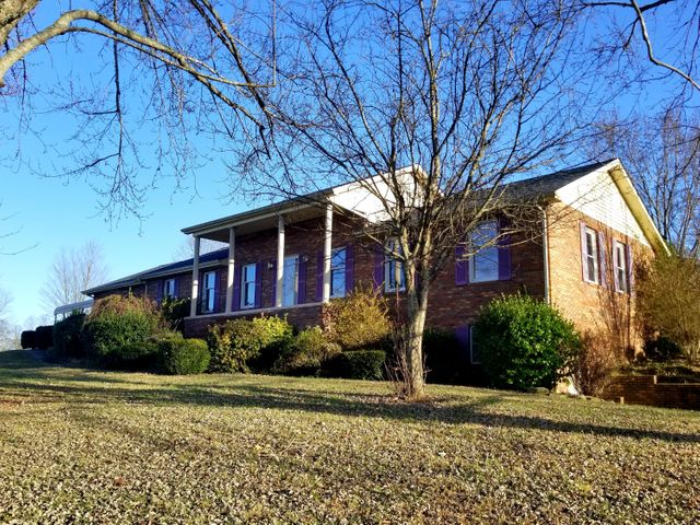 799 Old Hwy 33, New Tazewell, TN 37825