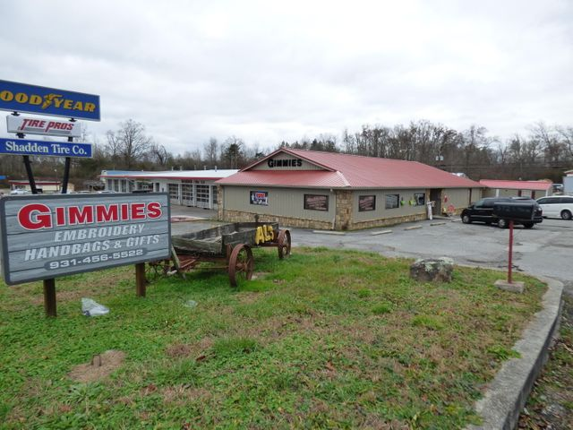 572 S Main St, Crossville, TN 38555