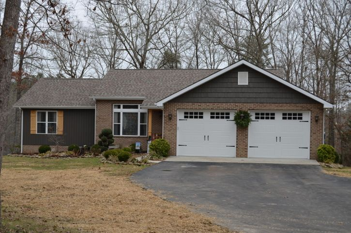 356 Basses Creek Lane, Crossville, TN 38572