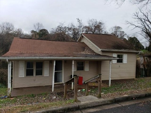 1225 Main St, Loudon, TN 37774