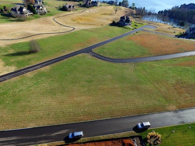 105 Red Hawk Drive, Vonore, TN 37885