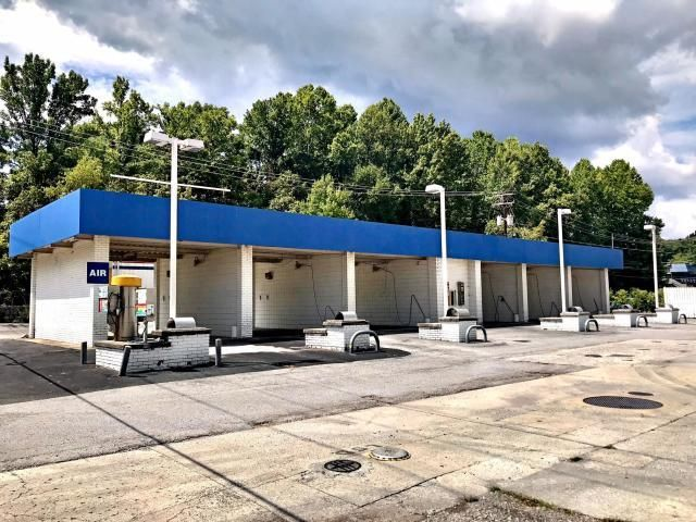 S 15th St, Middlesboro, KY 40965