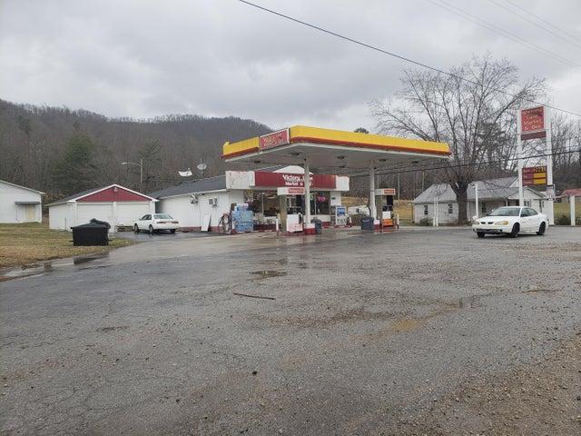 9111 Baker Hwy, Huntsville, TN 37756