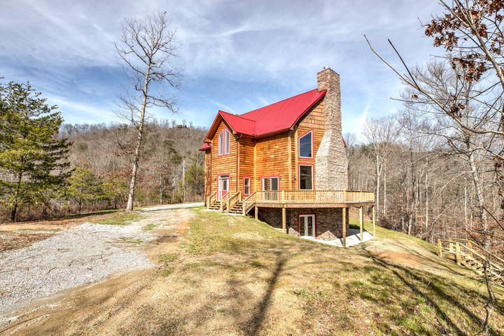 339 Lick Branch Drive, New Tazewell, TN 37825