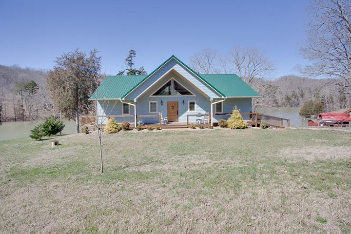 634 Blue Springs Rd, Speedwell, TN 37870