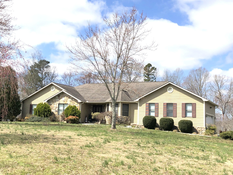 287 Norman Rd, Jacksboro, TN 37757
