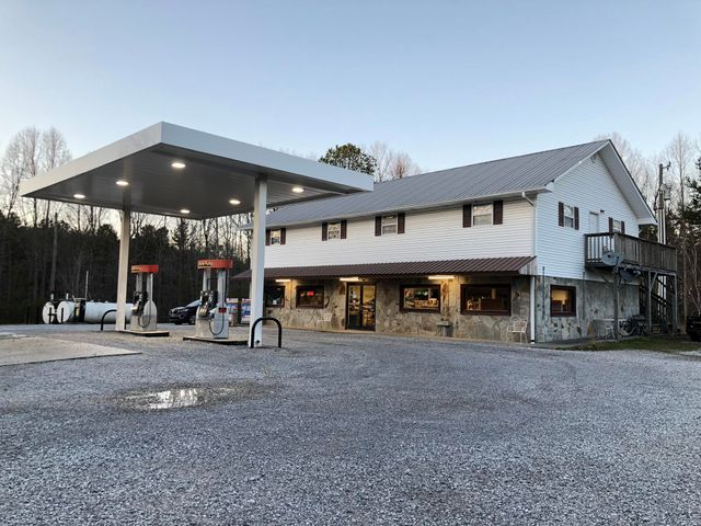 11401 Highway 68, Tellico Plains, TN 37385