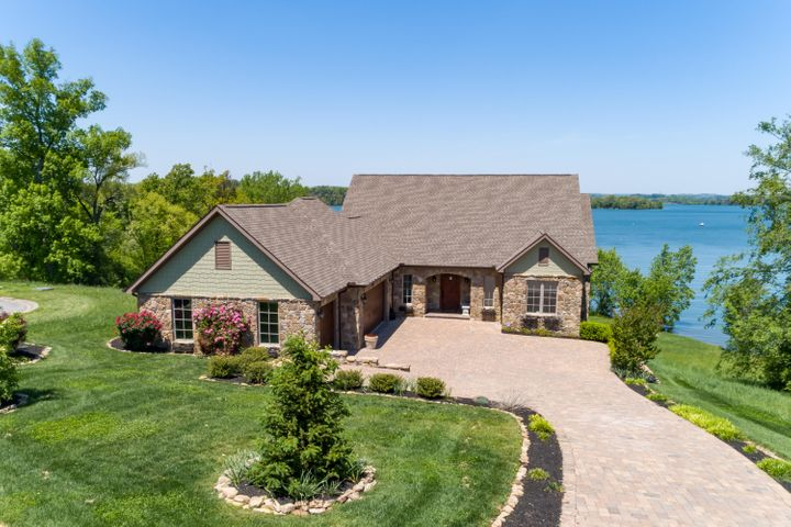 Lake Front WindRiver Magnificent Home!