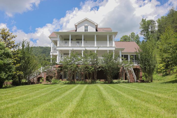 146 Hope Lane, LaFollette, TN 37766